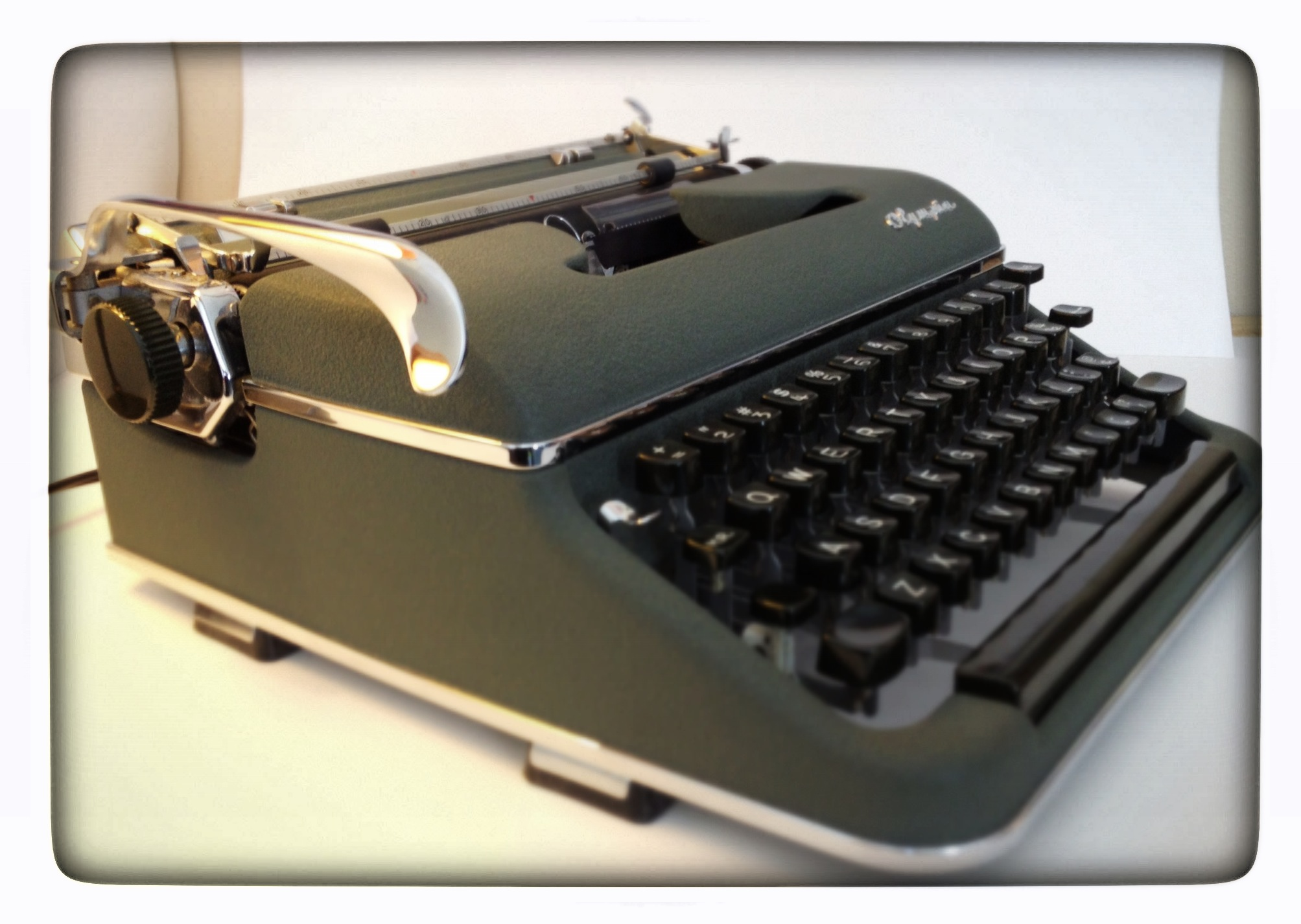 Olympia Sm3 Deluxe Typewriter Review